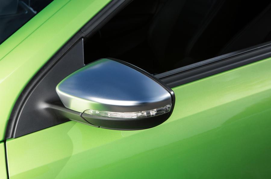 Volkswagen Scirocco R satin silver wing mirrors