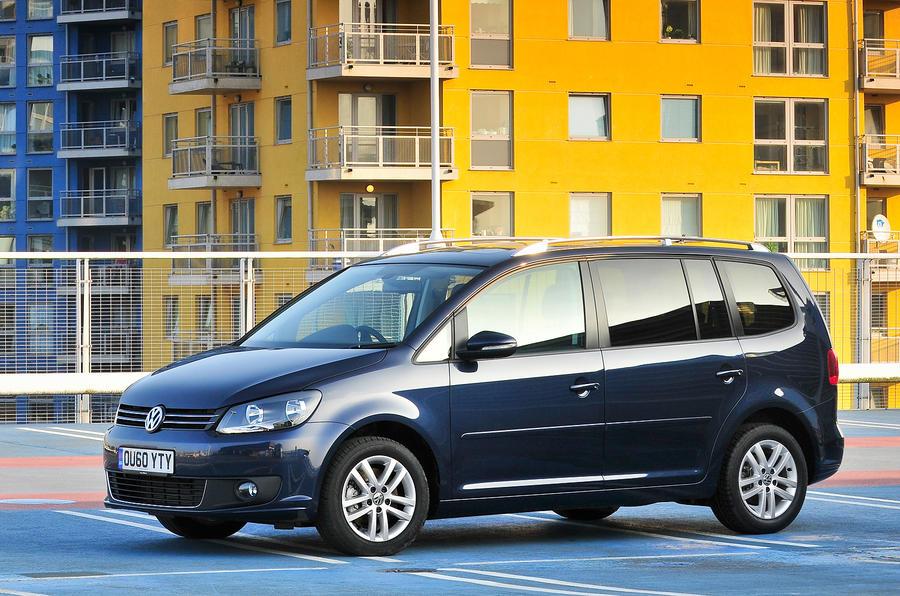 4 star Volkswagen Touran