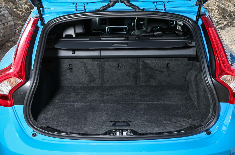 Volvo V60 Polestar boot space