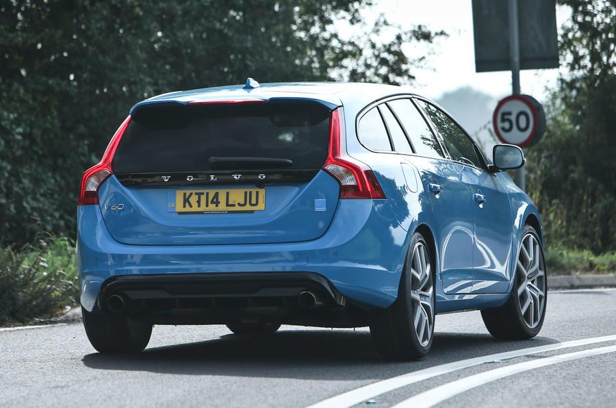 Volvo V60 Polestar rear cornering