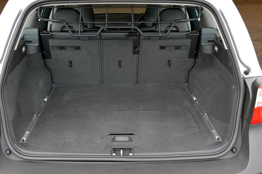 Volvo XC70 boot space