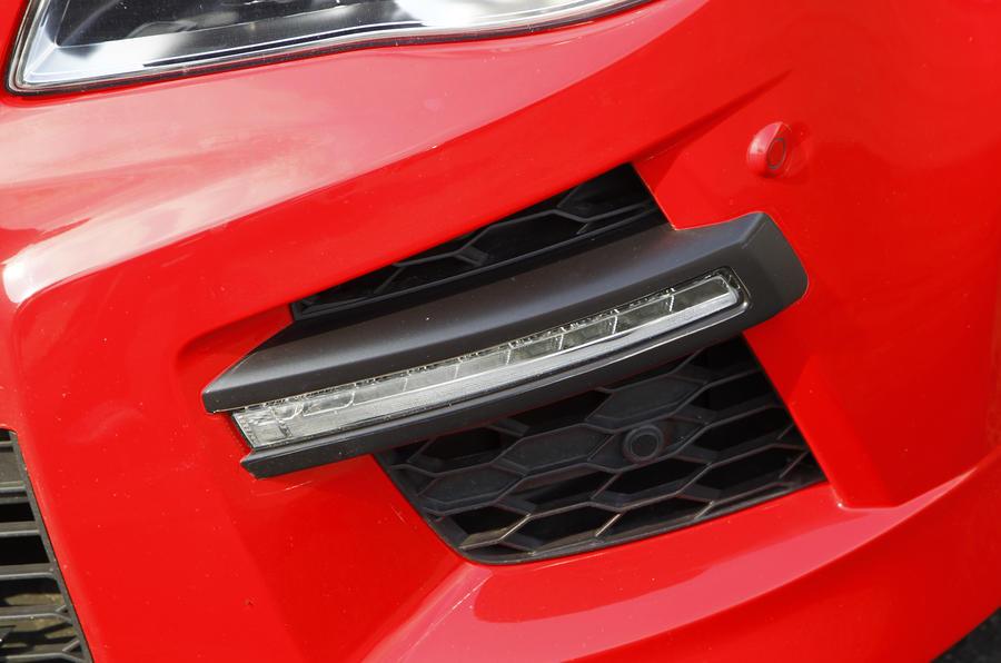 LED Vauxhall VXR8 day-running-lights